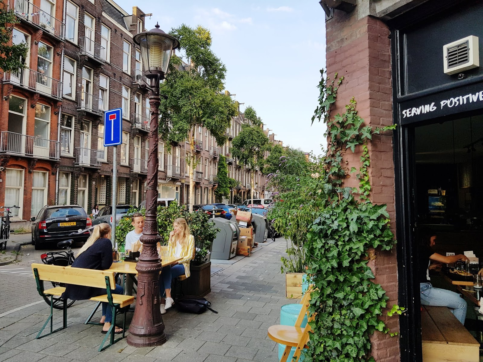 amsterdam exploring sightseeing attractions neighbourhood