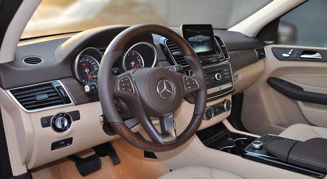 Nội thất Mercedes GLS 400 4MATIC 2017 được thiết kế sang trọng và đẳng cấp