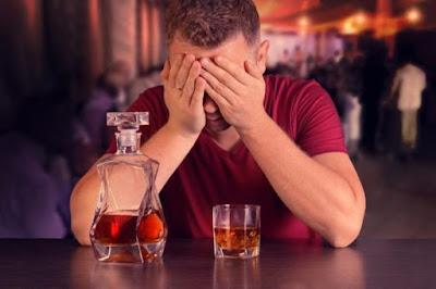 El alcohol podría ser el culpable de más muertes por cáncer.