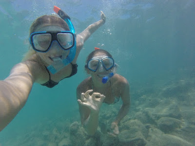 Photo of Ellis and Kendall snorkelling on Lobos Island