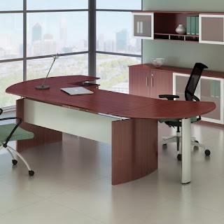 Medina Office Desk - Mahogany Laminate