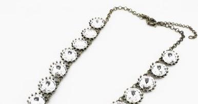 LSilverStyle: J Crew Crystal Venus Flytrap necklace look alike