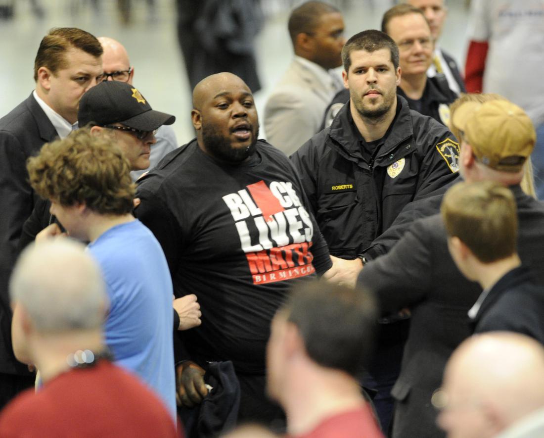 donald trump remove black students rally