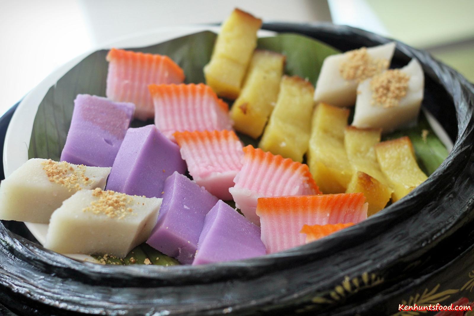 nyonya kuih peranakan assorted penang cuisine food brasserie swez breakfast cake alternatives eat outside eastin hotel