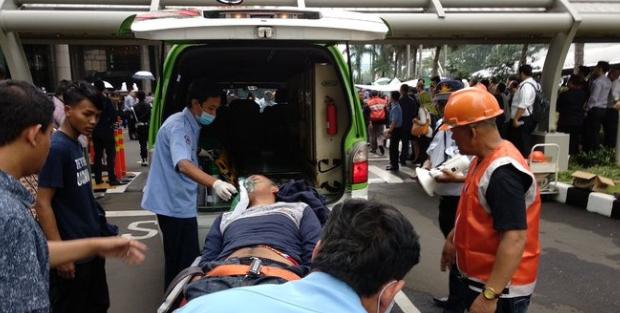 AGEN BOLA - Lima Korban Runtuhnya Selasar Gedung Bei Dipulangkan