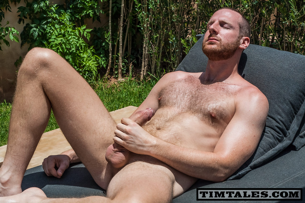 So hot bearded hung straight dude jerking on cam 3