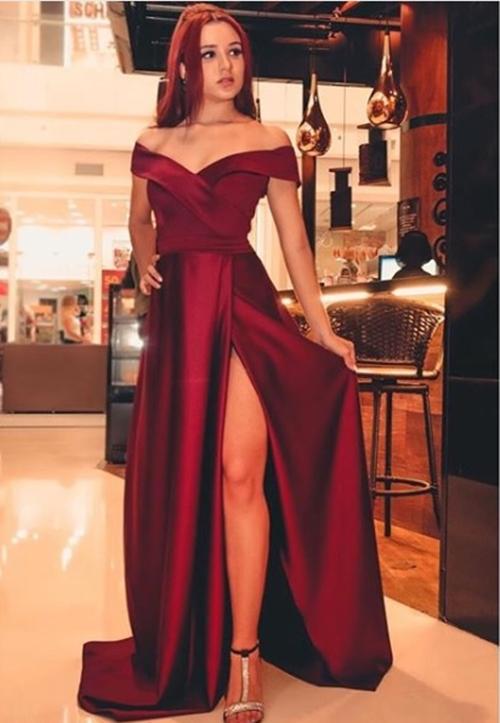 vestido de festa longo marsala com fenda
