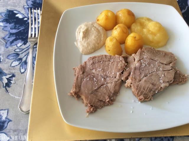 Cerdo-estofado-con-salsa-de-nueces