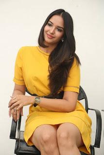 Pujitha Ponnada Stills 02