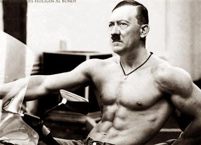 Hitler war schwul - lustig Mann mit Waschbrettbauch - Adoniskörper