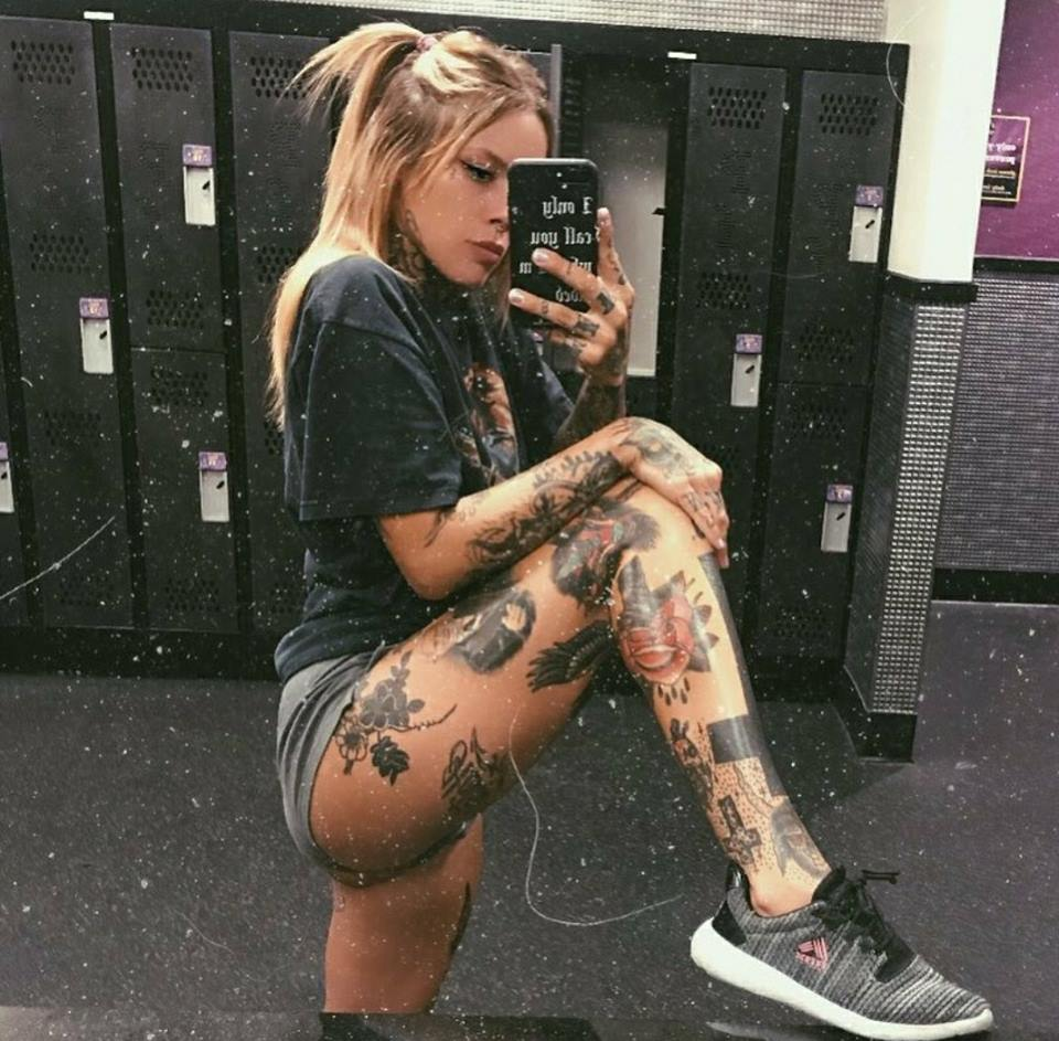 15 Special Tattoos For Sexy Girls