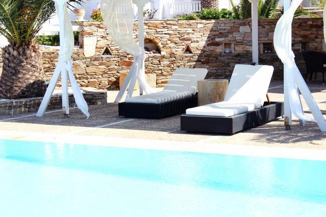 Honeymoon hotels in Greece