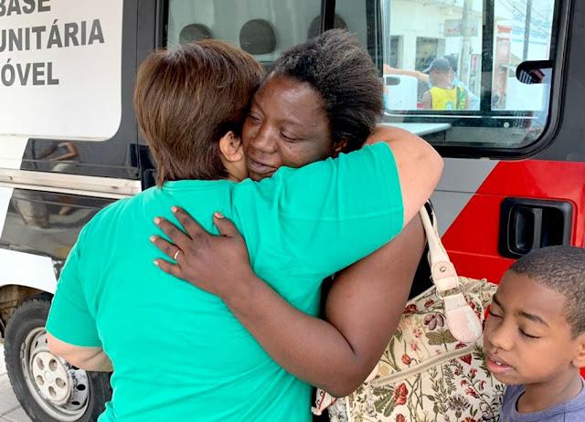 Em Lins/SP, mãe de sete filhos encontra carteira com R$ 500 e devolve para a dona