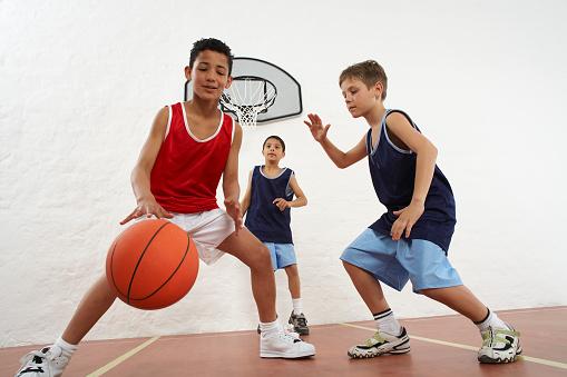 Gia Nhi Sport - Địa chỉ cung cấp giày bóng rổ trẻ em tại Hà Nội