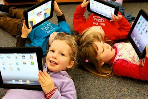 Parenting : Tips Mengatasi Anak Kecanduan Gadget di Usia Dini