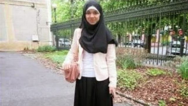 France banned muslim student from school for black skirt