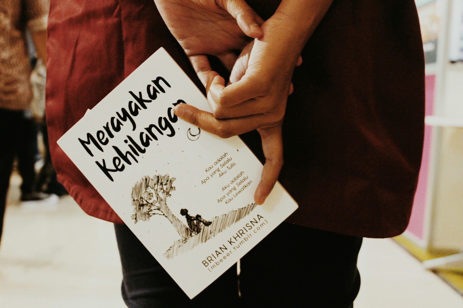 kata kata cinta, puisi cinta, kata mesra, kata romantis, merayakan kehilangan, puisi cinta, puisi patah hati
