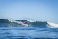 24 Courtney Conlogue Roxy Pro France foto WSL Poullenot Aquashot