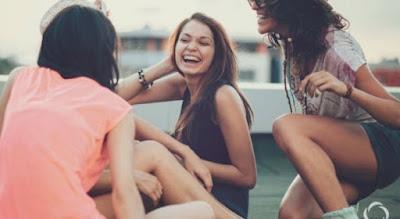6 Perbedaan Antara Teman Yg Tulus & Modus Kepadamu