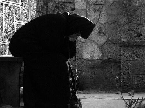 Αποτέλεσμα εικόνας για Ἡ ἐργασία πού γίνεται μέ ἡρεμία καί προσευχή ἁγιάζεται