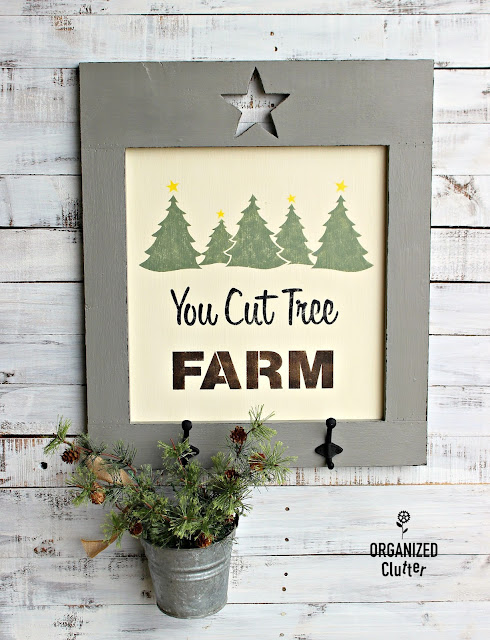 You Cut Tree Farm Sign with Star Cutout Frame #Christmasjunkfavs #stencil #oldsignstencils #youcuttreefarm #Signs