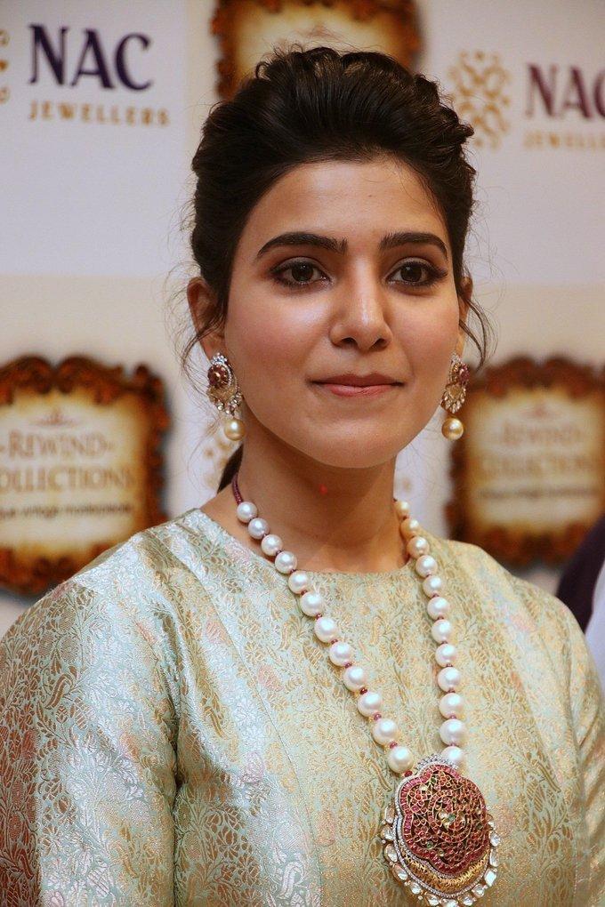 Actress Samantha Launch of NAC Jewellers Antique Exhibition Stills