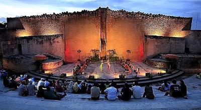 paket-wisata-bali-2016-amphitheatre-gwk
