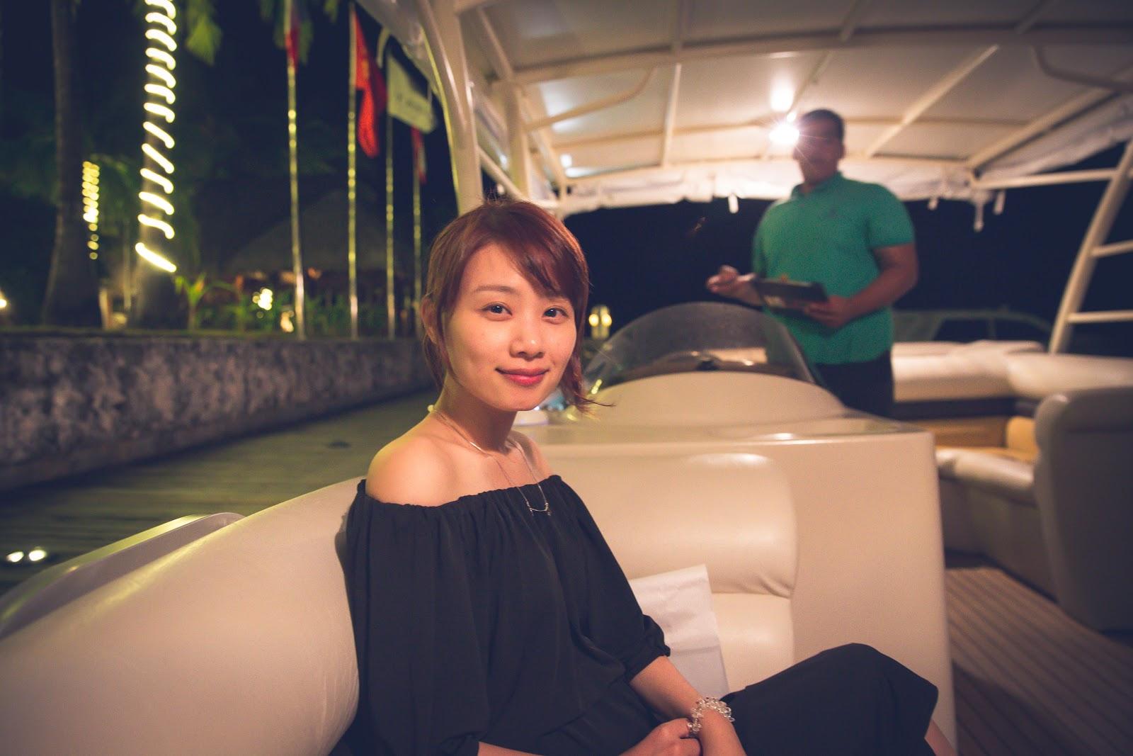 環遊世界|大溪地|Lagoon by Jean-Georges @The St. Regis Bora Bora Resort, Le Meridien 艾美酒店提供的接駁船