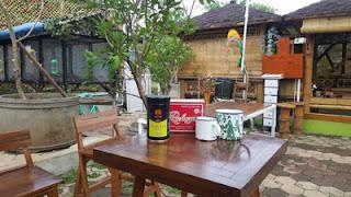 ARK Corner Jl. Latifah II Puncak Dieng, Malang : Tempat Hangout Penggemar Kelinci