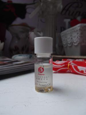makanai zlatý hydratačný olej