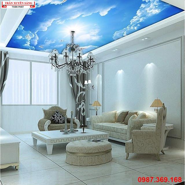 Trần xuyên sáng phòng khách in bầu trời