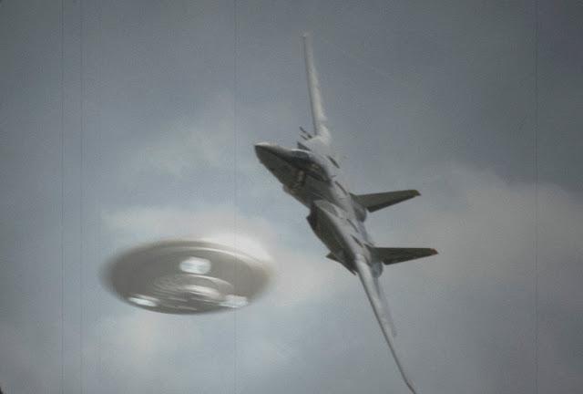 No cree en los Ovnis? Estos 3 vídeos militares desclasificados cambiarán su pensamiento