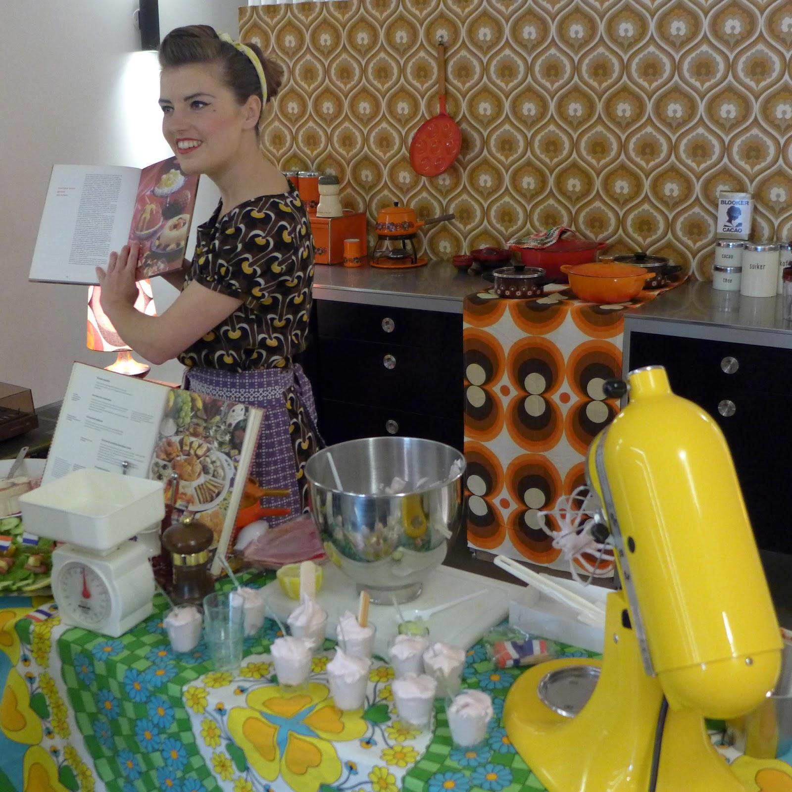 Kitchen Art Leiden.Anne Kleijne Theater Acts Vintage Kitchen Kooktheater Bij Kitchen