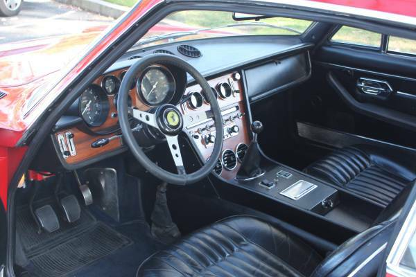 1969 Ferrari 365 GT 2+2 Interior