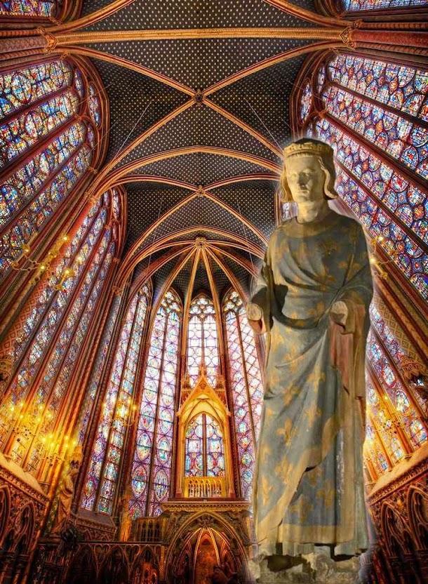 Estátua de São Luis IX rei da França. Fundo: Sainte-Chapelle, Paris.