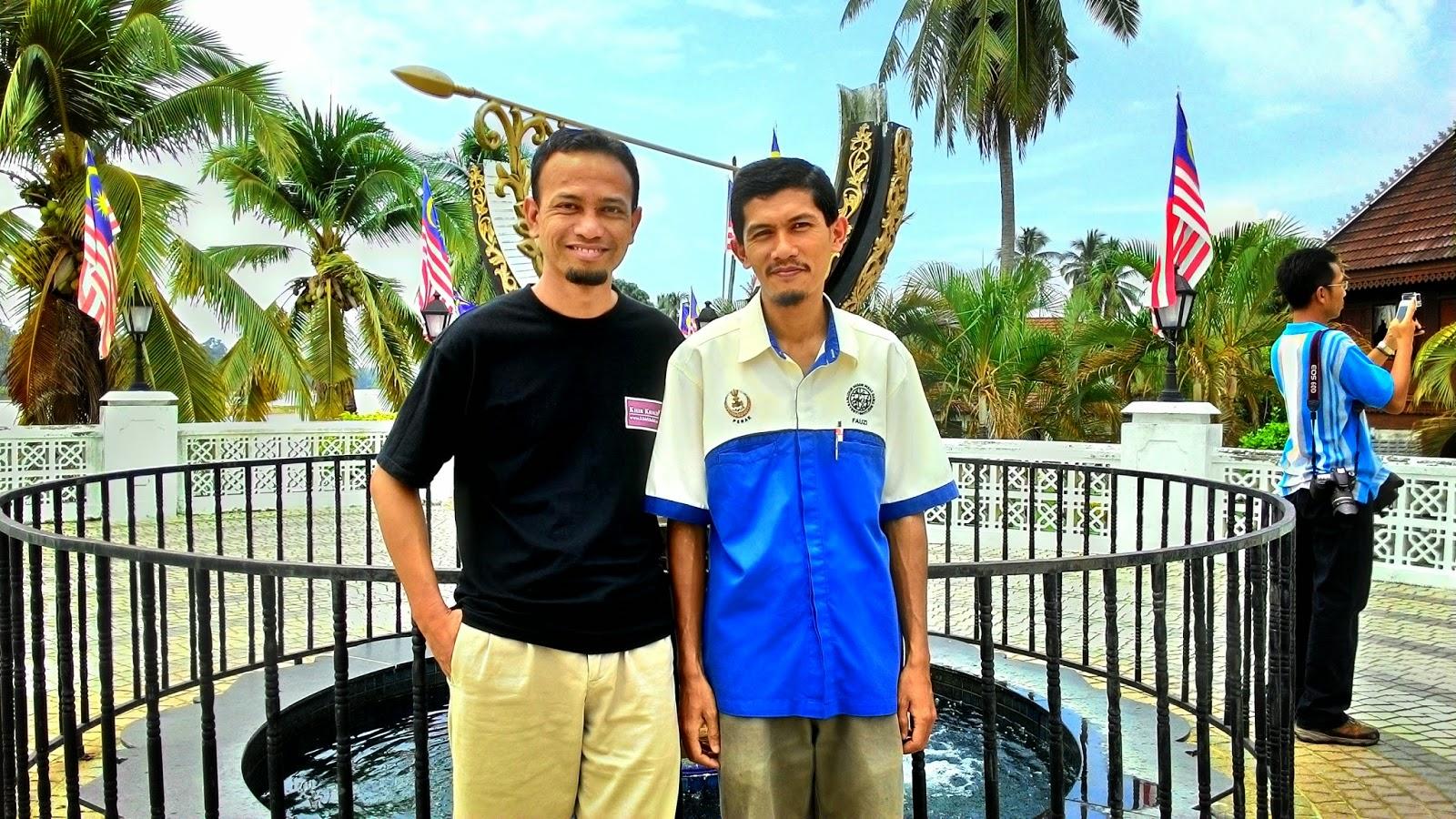 Terowong Sejarah Pasir Salak, Mohd Fauzi Mohd Razali, Penolong Kurator Kompleks Sejarah Pasir Salak, Khir Khalid