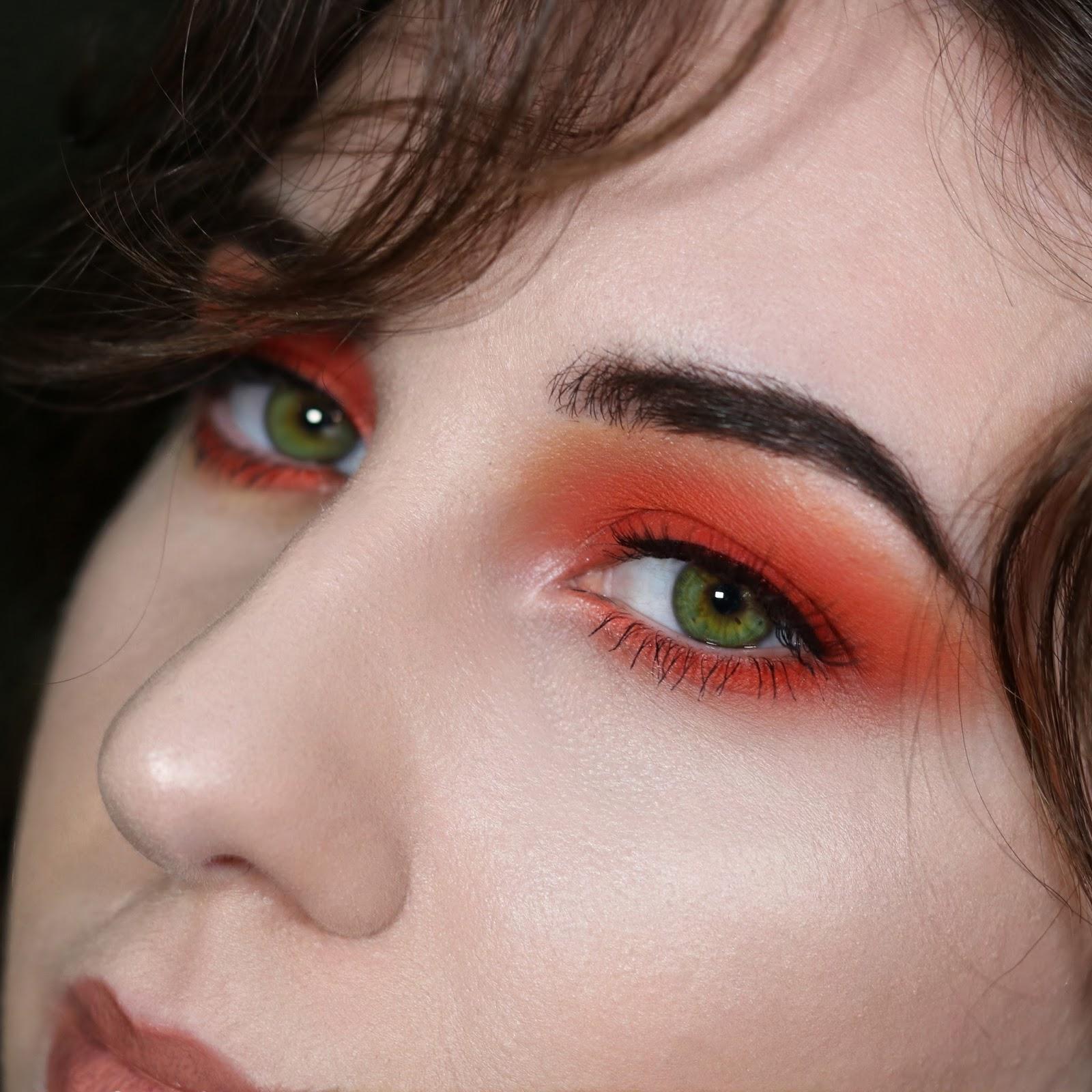 Orange Smokey Eye Fluores