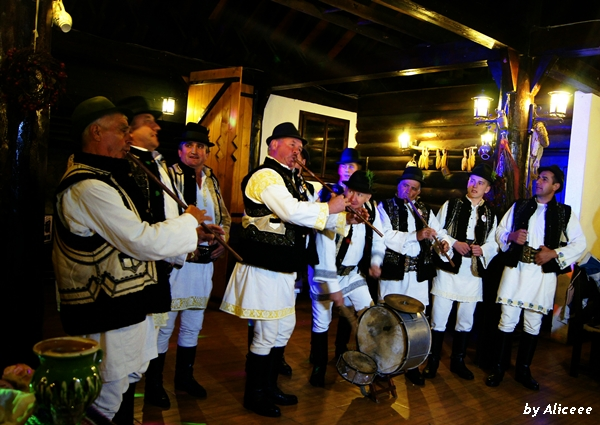 Bucovina-muzica-traditionala