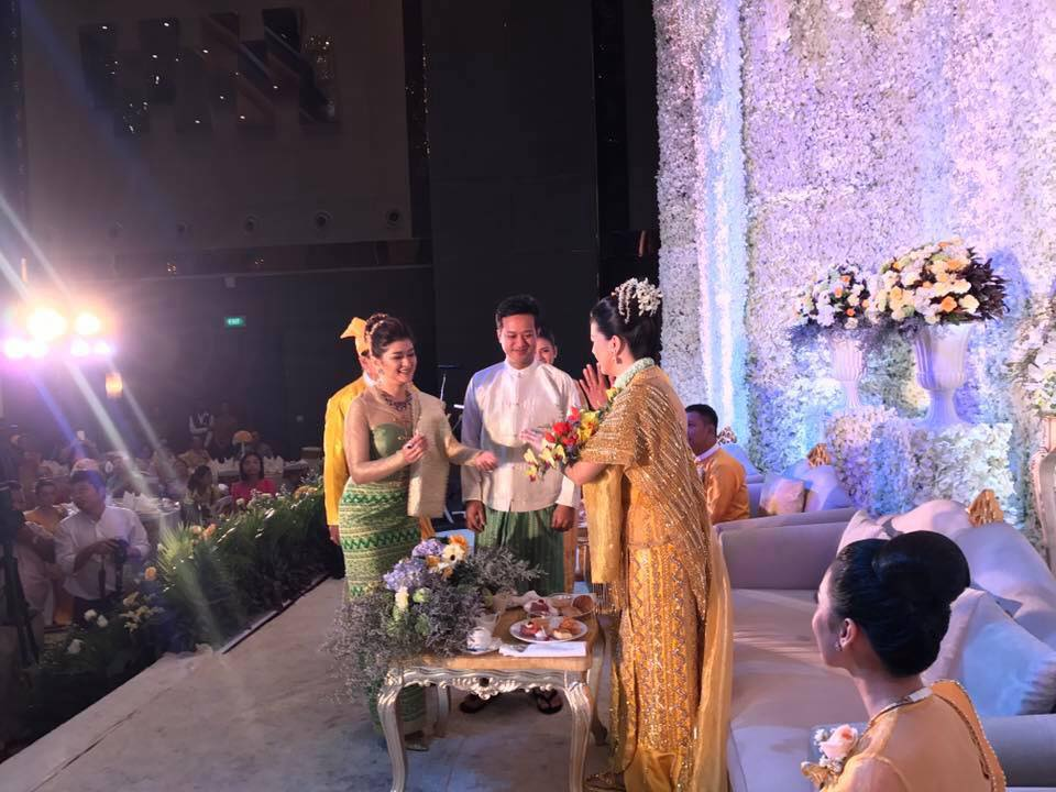 Pyay Ti Oo and Eaindra Kyaw Zin Couple Fashion At Myint Myat Wedding