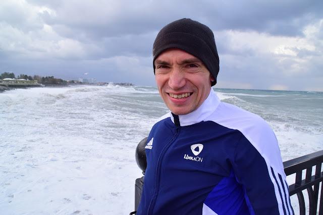 Алексей Владимирович Соколов, марафонец, Сочи, море, бег, Имеретинская набережная, шторм