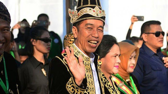 Setelah Sontoloyo dan Genderuwo, Kini Kubu Jokowi Mulai Memainkan 'Politik Pembenaran'