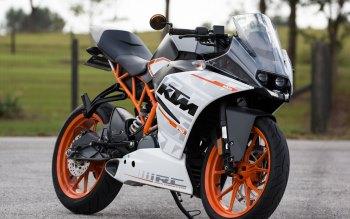 Wallpaper: KTM 390 Motorcycle