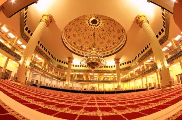 Bagi Bagi Wisata Religi Masjid Agung Madani Rokan Hulu