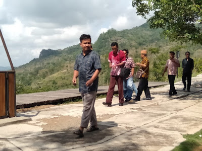 pengunjung-watu-cenik-wonogiri