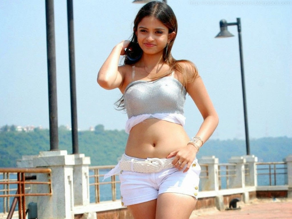South Indian Actress High Quality Wallpapers 1080p