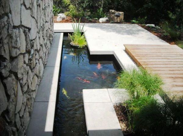Desain Taman Rumah Minimalis Plus Kolam Ikan Koi