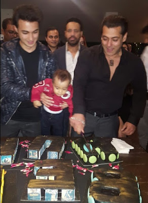 b-town-celebs-wish-happy-birthday-salman-khan