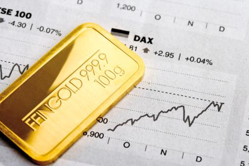 Precio del oro vuelve a bajar tras alza del dólar