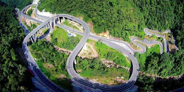Jembatan Kelok Sembilan