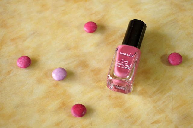 INGLOT Breathable O2M Nail Enamel in 682, red alice rao, redalicerao, Inglot cosmetics, Nail Polish, Nail Enamel, Nail Color, Nail Art, Breatable Nails, Halal Cosmetics, Beauty, Beauty blog, Top Beauty Blog, Top Beauty blogs, Top Beauty blog of Pakistan